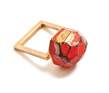 Cristina Zani – 'My Seoul' ring in 24ct yellow gold plated silver with faceted painted wood and 24ct gold leaf £220
