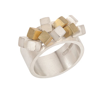 'Large Cube Ruffle' ring in silver and 18ct yellow gold