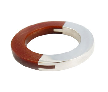 Dovetail ring in silver and tulip wood