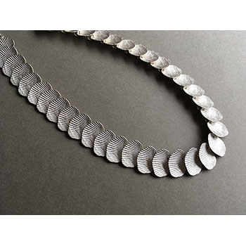 Imprint Tidal necklace in silver